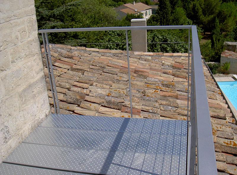 Balcon plancher galvanisé garde corps cable