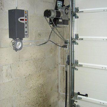 Motorisation Hörmann porte sectionnelle industrielle