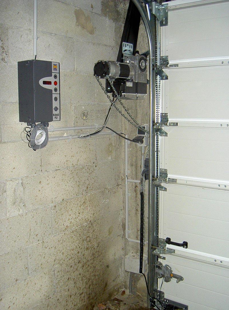 motorisation h rmann porte sectionnelle industrielle marconnet. Black Bedroom Furniture Sets. Home Design Ideas