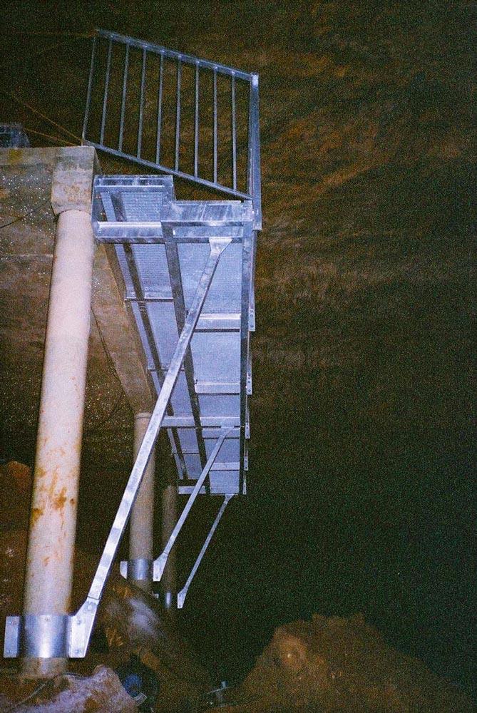 Plancher métallique caillebotis suspendu