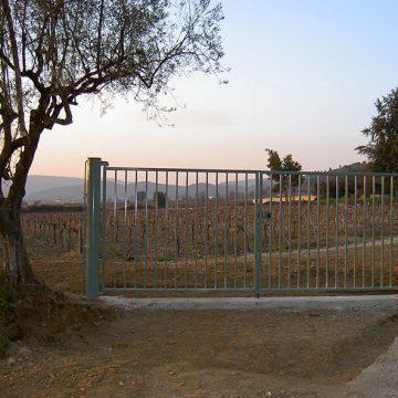 Portail 2 vantaux barreaudage paysan agriculture