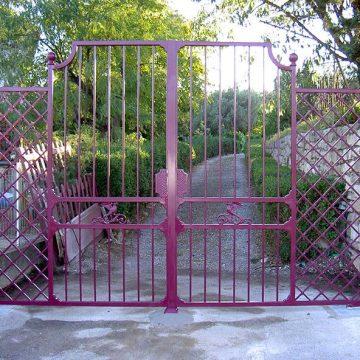 Portail 2 vantaux en fer forgé