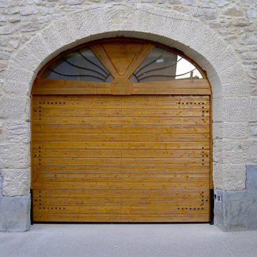 Porte sectionnelle Hörmann bois personnalisée