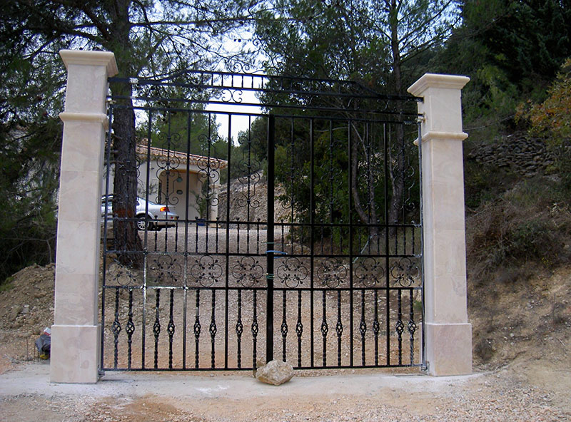 Restauration portail de récupération ferronnerie