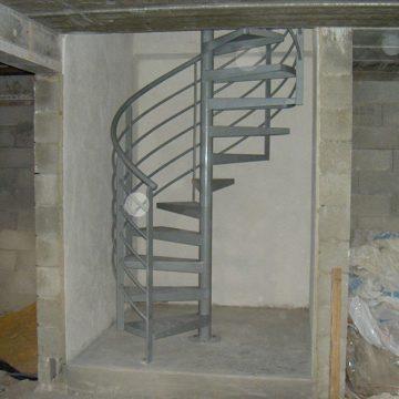 Escalier hélicoïdal antirouille métallique