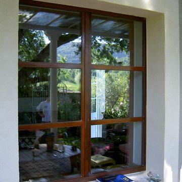 Fenêtre métallique aspect rouille sans joints