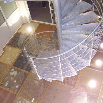 Escalier colimaçon en fer galvanisé 2 niveaux